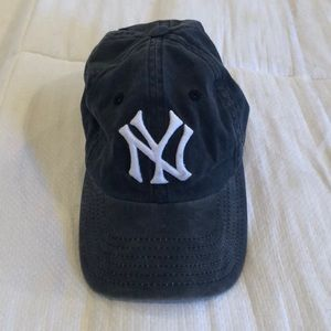 Accessories - Yankees Baseball Hat